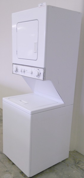 GE Washer/Dryer Stackable Combo $425.00